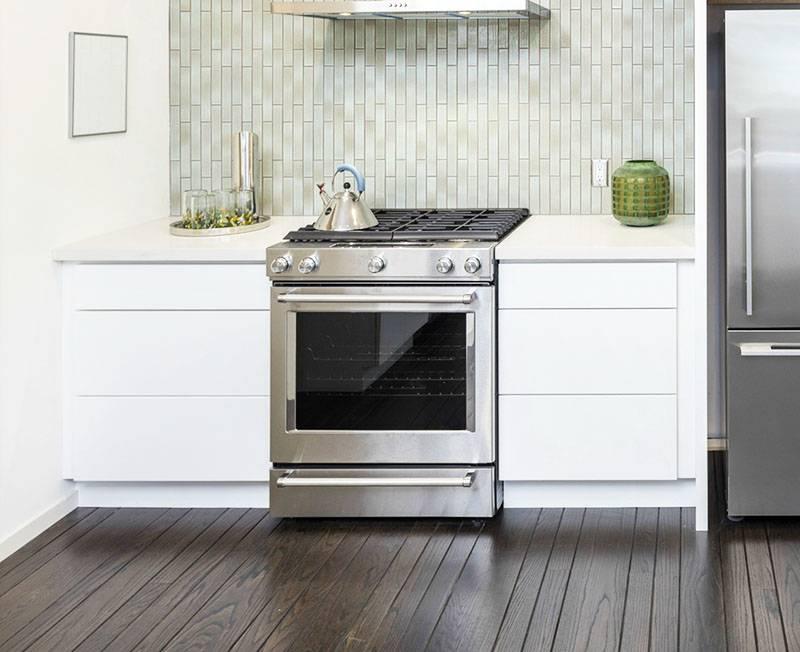 Зачем нужен выдвижной ящик под духовкой в газовой плите