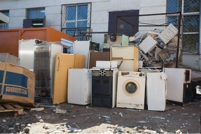 Утилизация холодильников — как правильно расстаться с ненужным холодильным агрегатом
