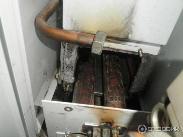 Течет вода из газового котла: что делать, если потекло оборудование системы отопления