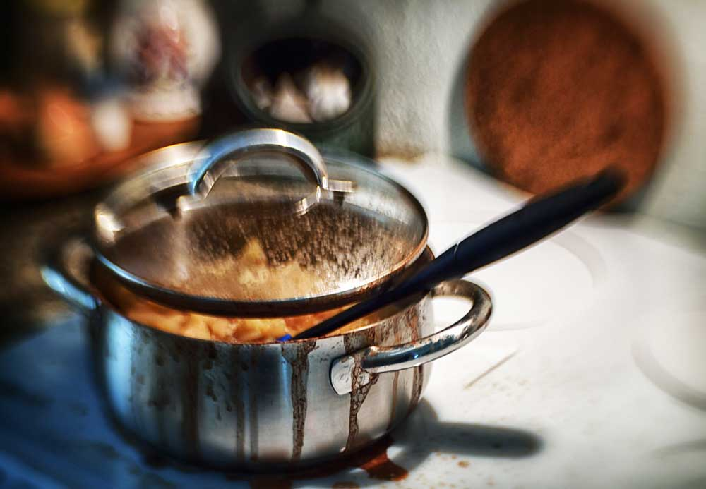8 способов очистить пригоревшую кастрюлю из нержавейки