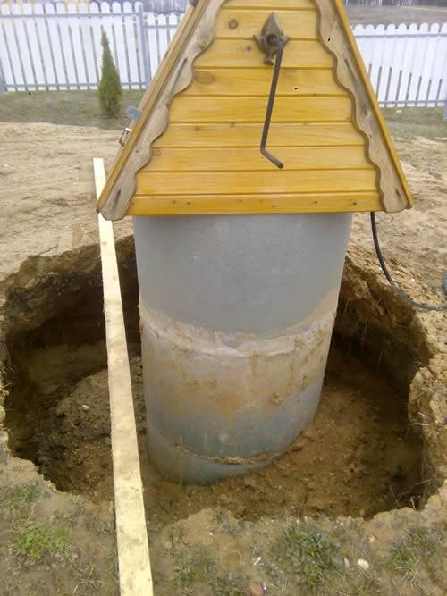 Водоупорный замок в колодце. что такое глиняный замок? варианты устройства. как правильно сделать глиняный замок вокруг колодца
