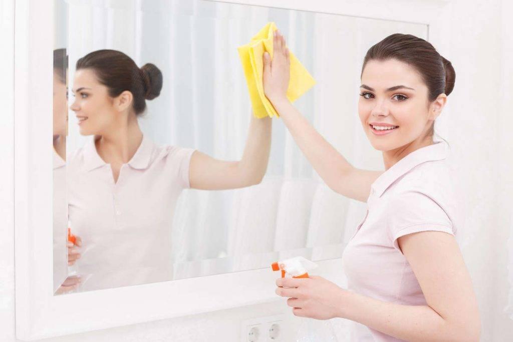 Как защитить зеркало от влаги в ванной: самые надёжные способы