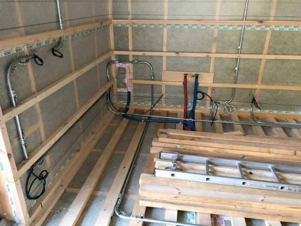 Канализация в каркасном доме: схема, прокладка труб, монтаж септика