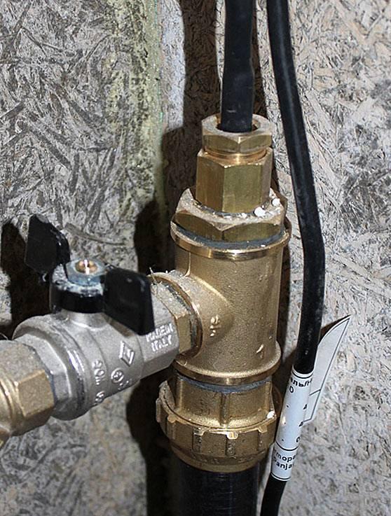 Греющие кабели для водопровода: какой лучше?   ichip.ru