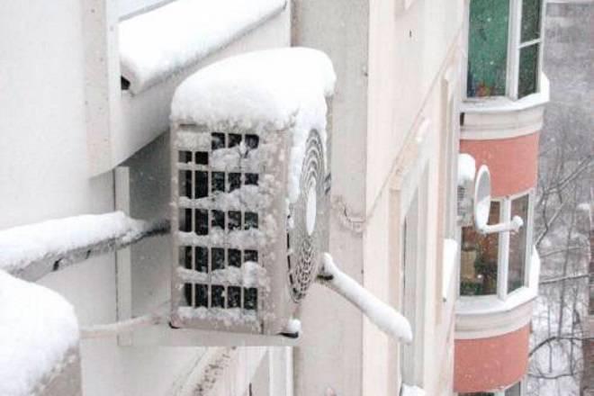 Можно ли включать кондиционер зимой?