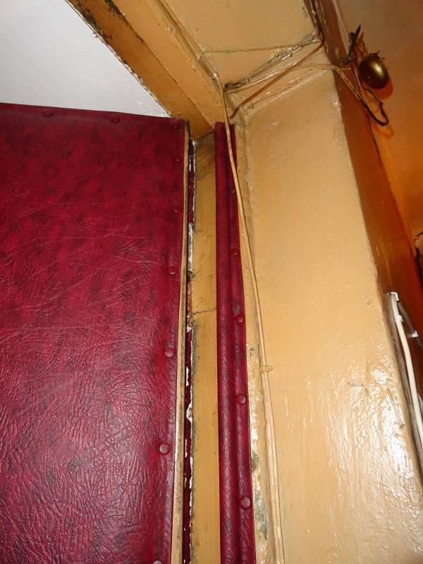 Как утеплить входную деревянную дверь своими руками- инструкция
