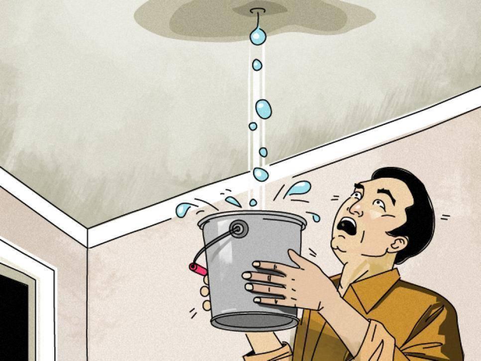 Почему течёт потолок в ванной
