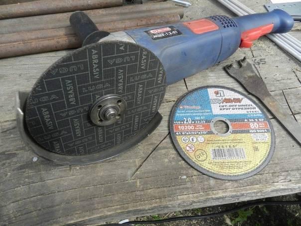 Какой стороной правильно ставить диск на болгарку