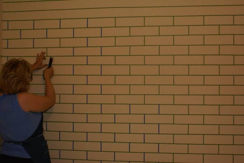 Как своими руками сделать имитацию кирпича на стене: простые способы с фото