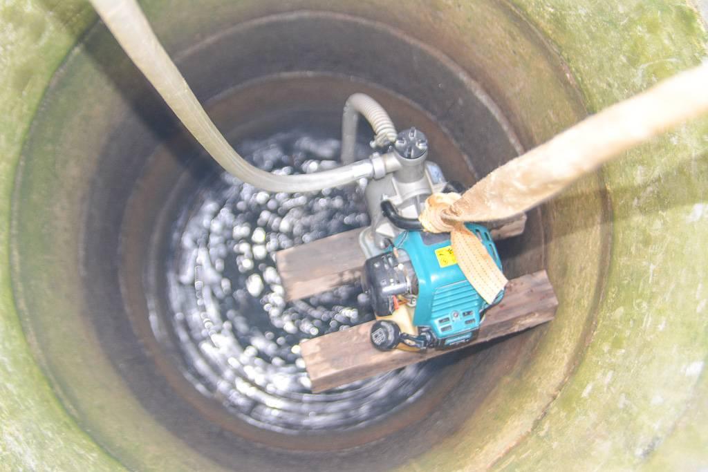 Что делать, если в колодце мутная и глинистая вода после копки и чистки, дождя