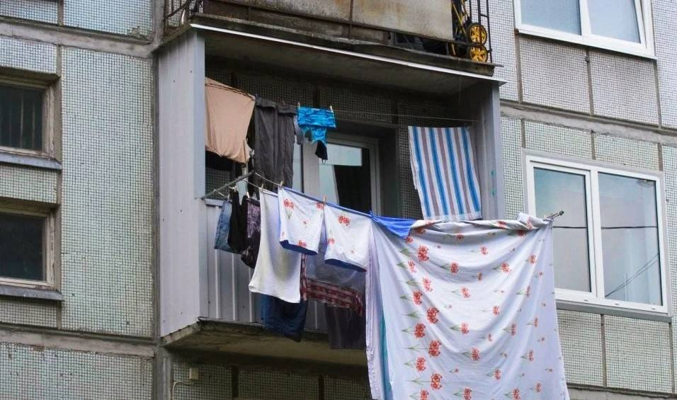 Где сушить белье, если в квартире нет балкона