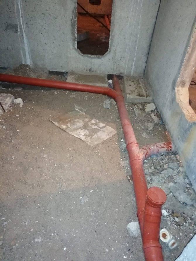 Замена тройника в канализационном стояке — как поменять?