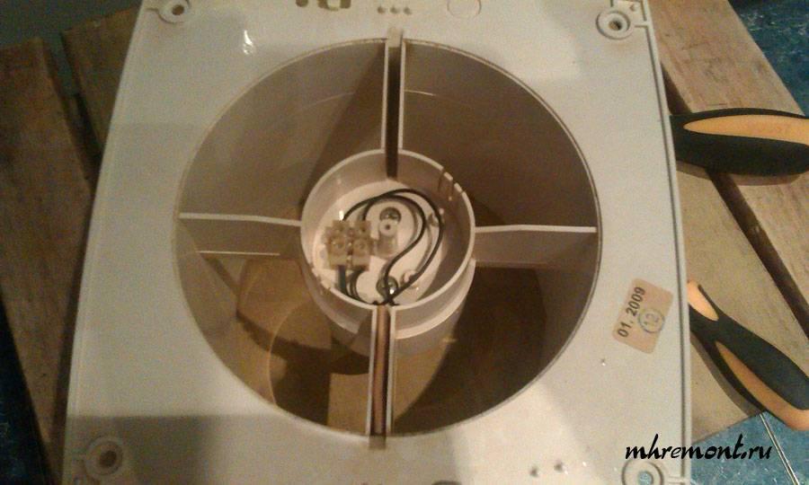 Инструкция по установке и подключению вытяжного вентилятора в ванной комнате: грамотный монтаж. стоимость работы мастеров