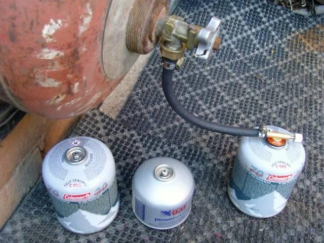 Как заправить зажигалку газом из баллончика