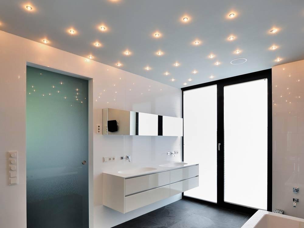 Светильники для ванной комнаты влагозащищенные: правила выбора и установки своими руками