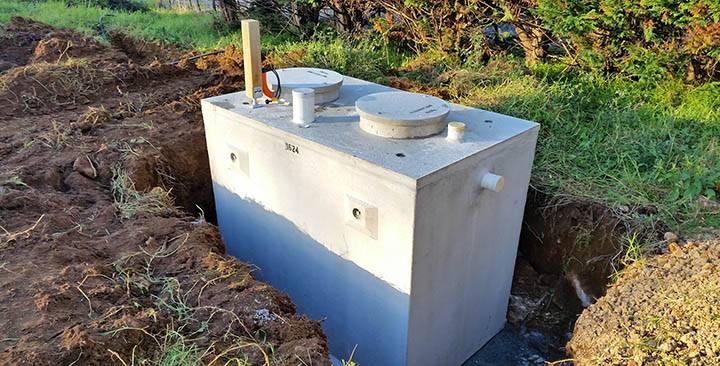 Обзор видов и характеристик бетонных септиков: описание, инструкция по обслуживанию и эксплуатации, правила выбора, установка