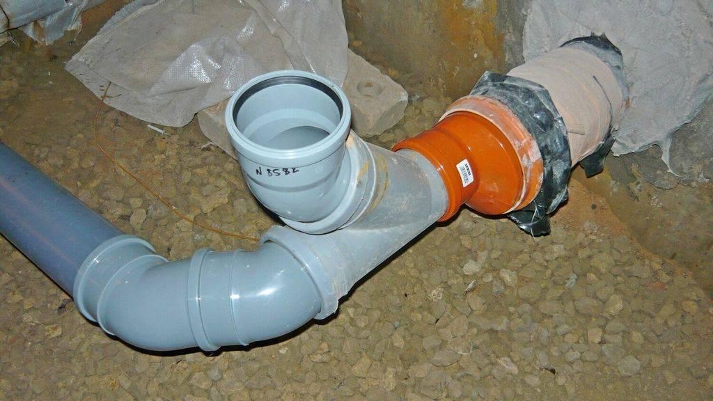 Монтаж канализации из пластиковых труб своими руками