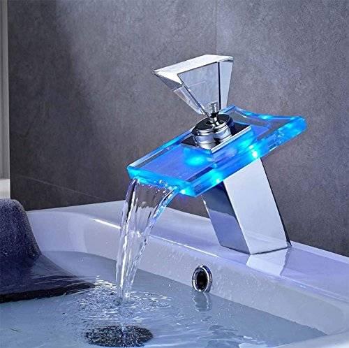 Как установить каскадный смеситель во время ремонта в ванной комнате