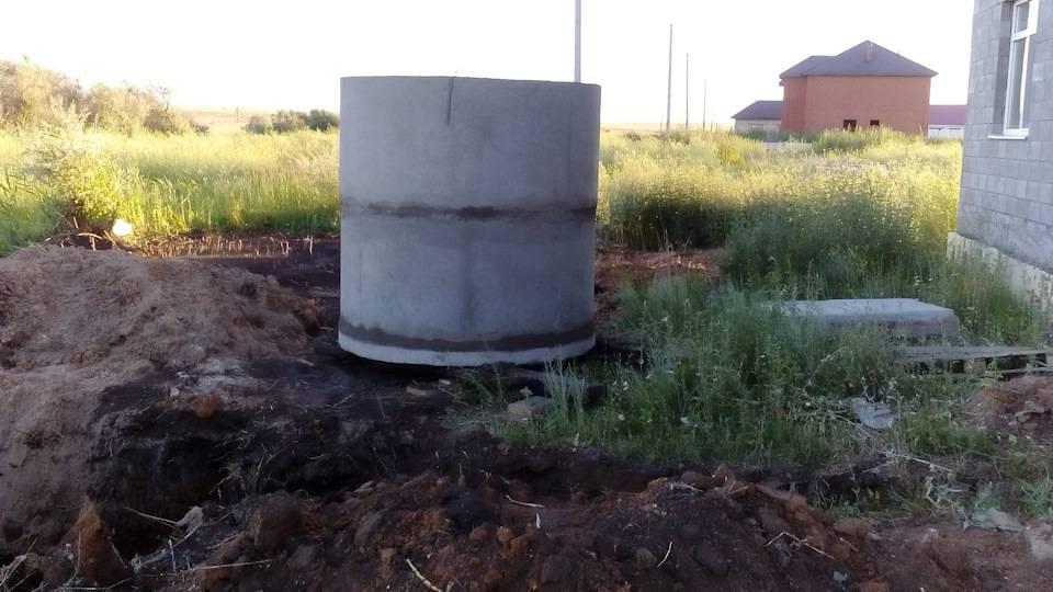 Особенности монтажа септика при высоком уровне грунтовых вод