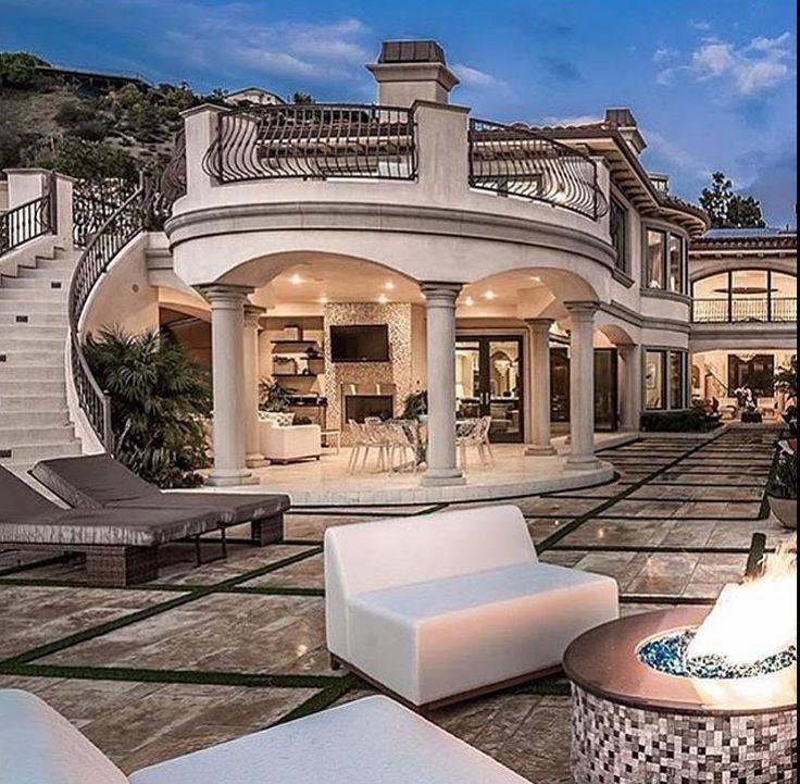 Как выглядит дом самого богатого человека в мире